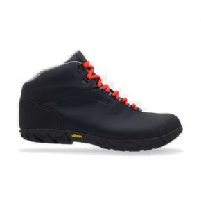 Giro Alpineduro Mtb Shoe Small Sizes Only - At heart the Alpineduro is a rugged mountain shoe with a grippy Vibram rubber outsole