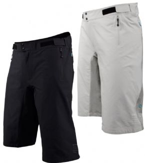 Poc Resistance Mid Shorts - Ergonomically designed and the articulated fit allows for full flexibility.
