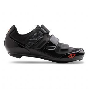 Giro Apeckx 2 Hv Road Cycling Shoes  2017 - The Apeckx II HV offers the same style and performance as our standard Apeckx II, with fit